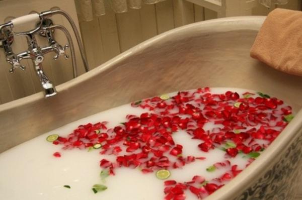 Le bain romantique pour vos anniversaires de mariage