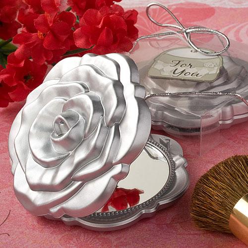 Le petit miroir de poche en forme de Rose