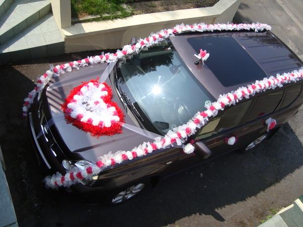 Grande Chambre Bebe : … de voitures de mariage 2014 – Coeur en fleurs grande voiture
