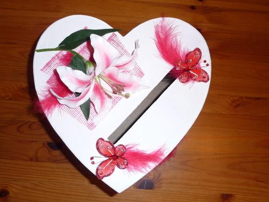 Urne mariage coeur 4 d co for Decoration urne de mariage