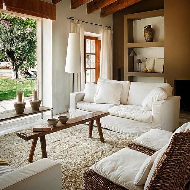 salons modernes 2015 dernier cri 4 d co. Black Bedroom Furniture Sets. Home Design Ideas