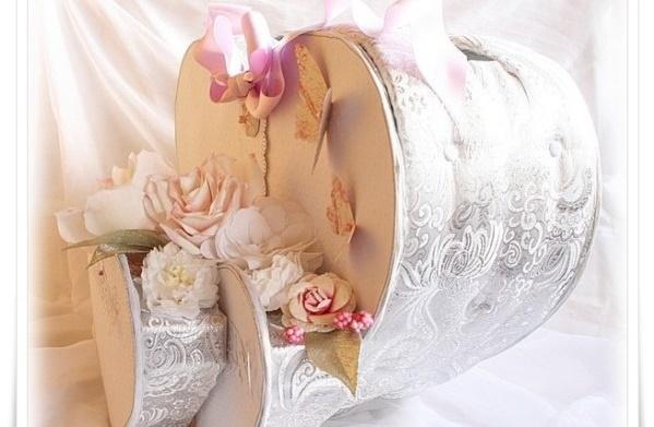 Belle Urne de mariage 2015 fait main sous forme de coeurs argentés décorés en fleurs