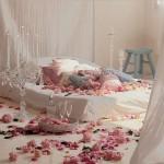 Chambre à coucher romantique pour la Saint Valentin - 3
