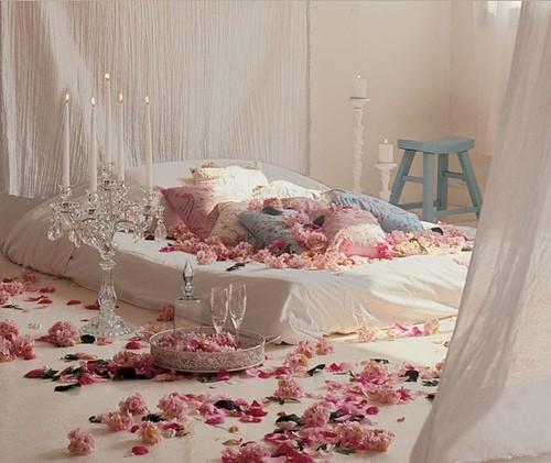 Chambre à coucher romantique pour la Saint Valentin | Déco