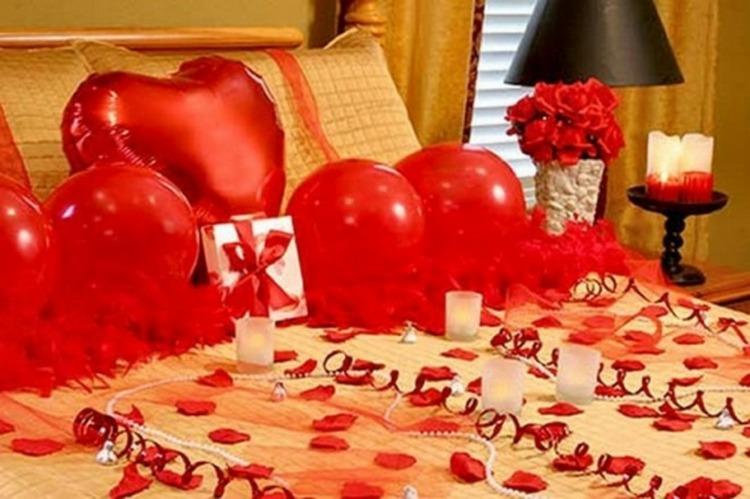 Chambre coucher romantique pour la saint valentin 8 d co - Deco chambre saint valentin ...