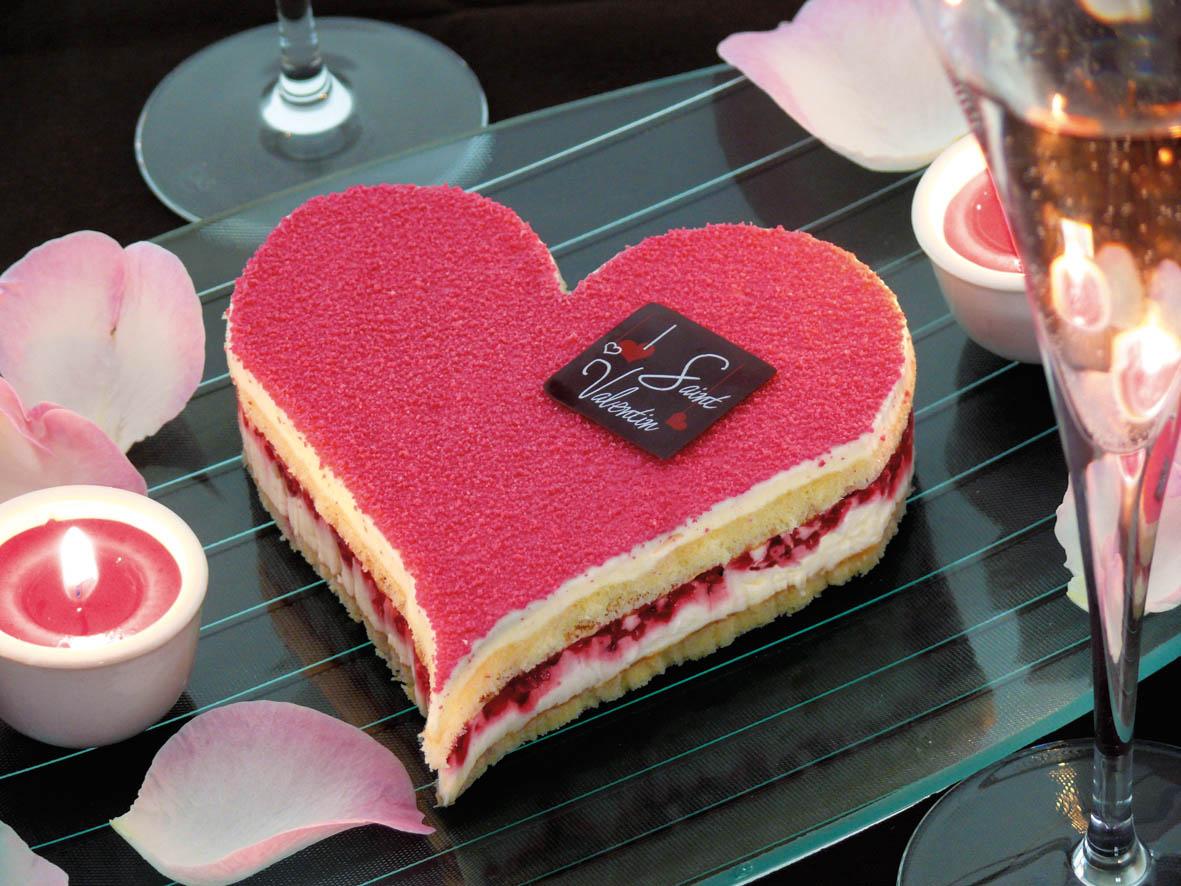 hasnae.com/deco/wp-content/uploads/2015/02/Décoration-de-gâteau-de-la-Saint-Valentin-Hasnae.com-deco-7.jpg