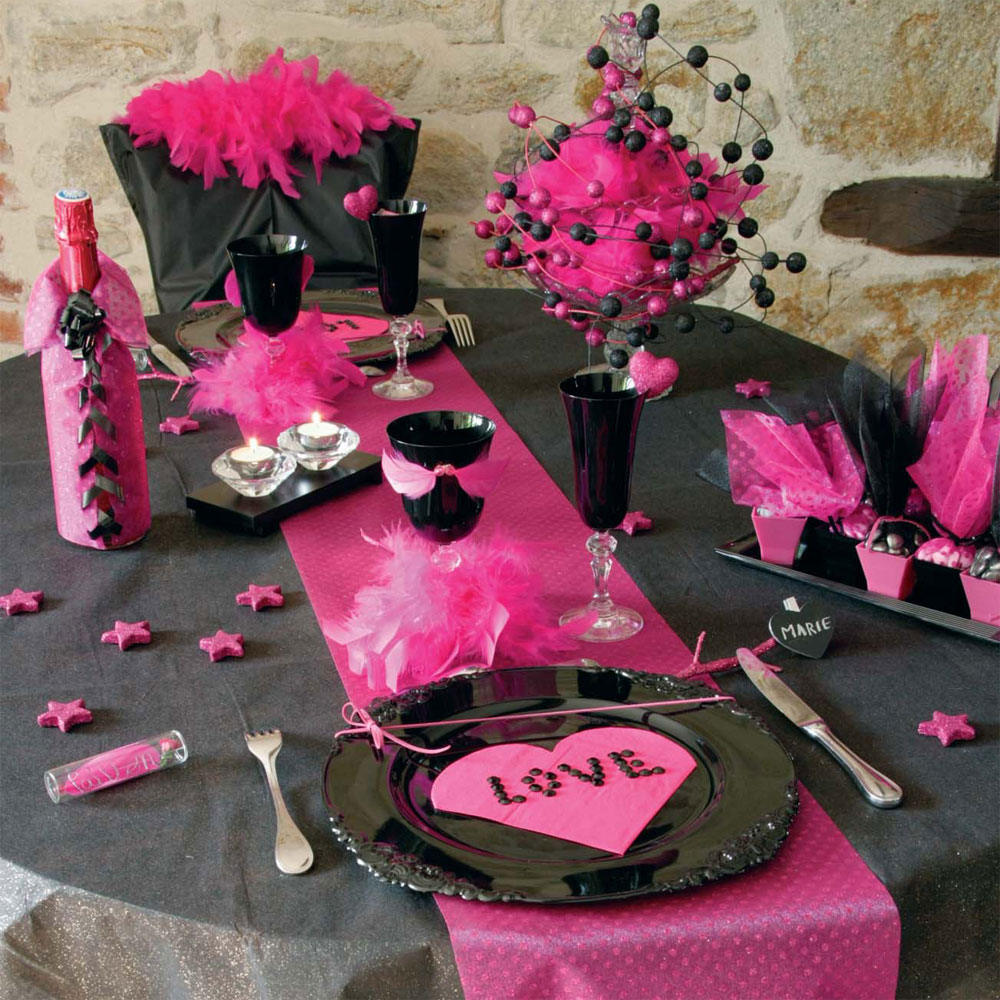 D coration de tables pour la saint valentin 2 d co for Deco table st valentin