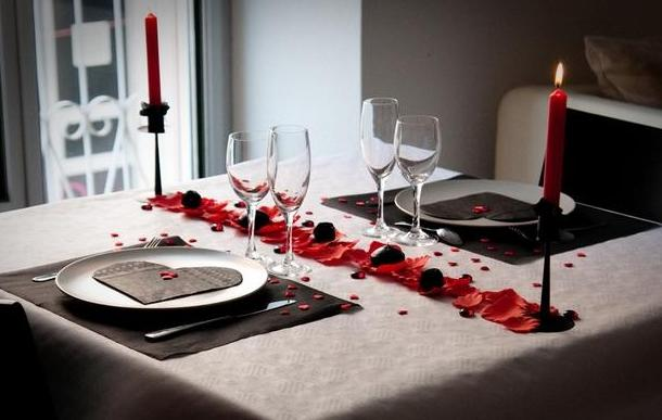 D coration de tables pour la saint valentin 6 d co for Deco saint valentin