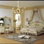 Chambre à coucher Royale Blanc cassé-Doré 2