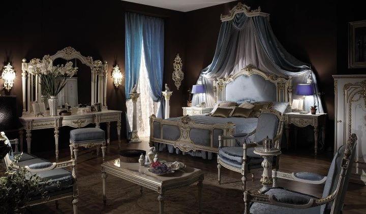 Chambre coucher royale blanc cass gris for Chambre a coucher royale