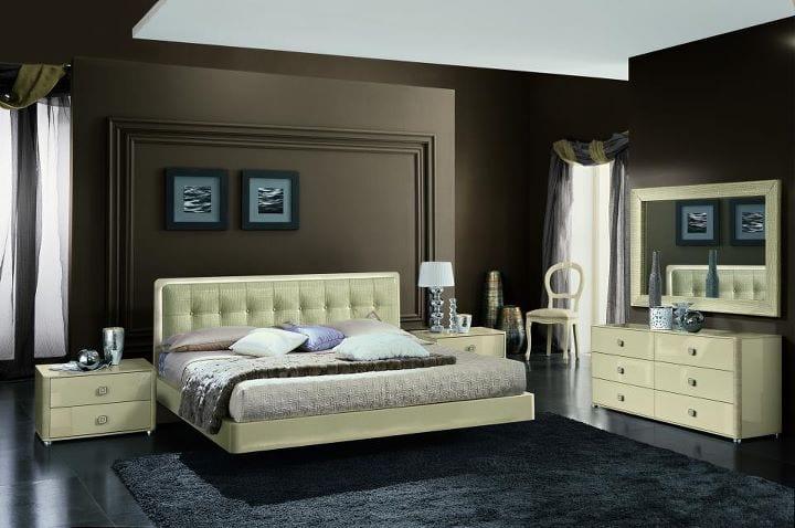Chambre a coucher brun beige avec des id es for Chambre a coucher 2012