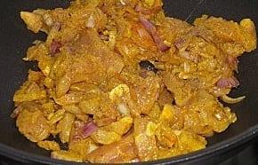 طريقة تحضيرالبطبوط المغربي بالدجاج Hasnae.com-Batbout-au-Poulet-1