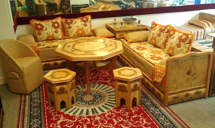 les couleurs des salons marocain excellent canap marocain moderne mooi couleur salon marocain. Black Bedroom Furniture Sets. Home Design Ideas