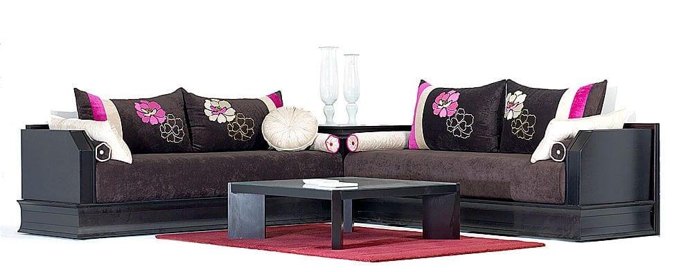 Salon marocain nouveaut blanc gris avec des touches de rose for Mobilia 2017 maroc