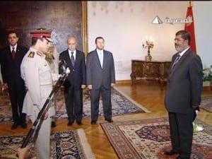 إقالة المشير طنطاوي القائد الاعلى للقوات المسلحة المصرية