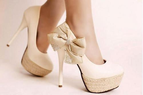 أحذية نسائية مميزة لعام 2013 - 1