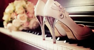 أشغال يدوية - طريقة تزيين الأحذية بالاحجار اللامعة و جعلها تتماشى مع الموضة Comment Décorer ses Chaussures Soi-même en Strass pour Femmes