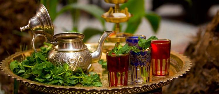 طريقة تحضير الشاي المغربي بالنعناع بالصور
