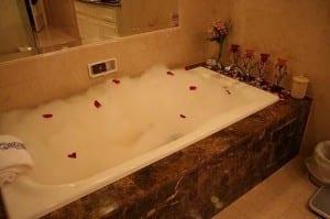 أفكار ديكور حمامات رومنسية - 2