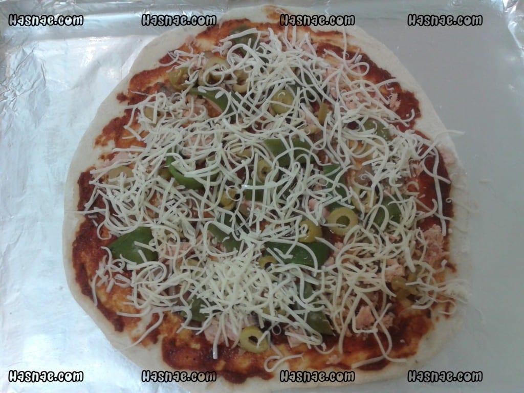بيتزا التونة مختلفة و سهلة - 3