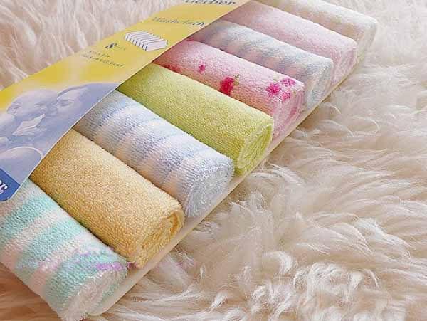 حقيبة الولادة و مستلزمات البيبي - فوط حمام