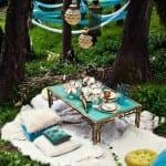 ديكور رائع في الطبيعة لتزيين مائدة رمضان