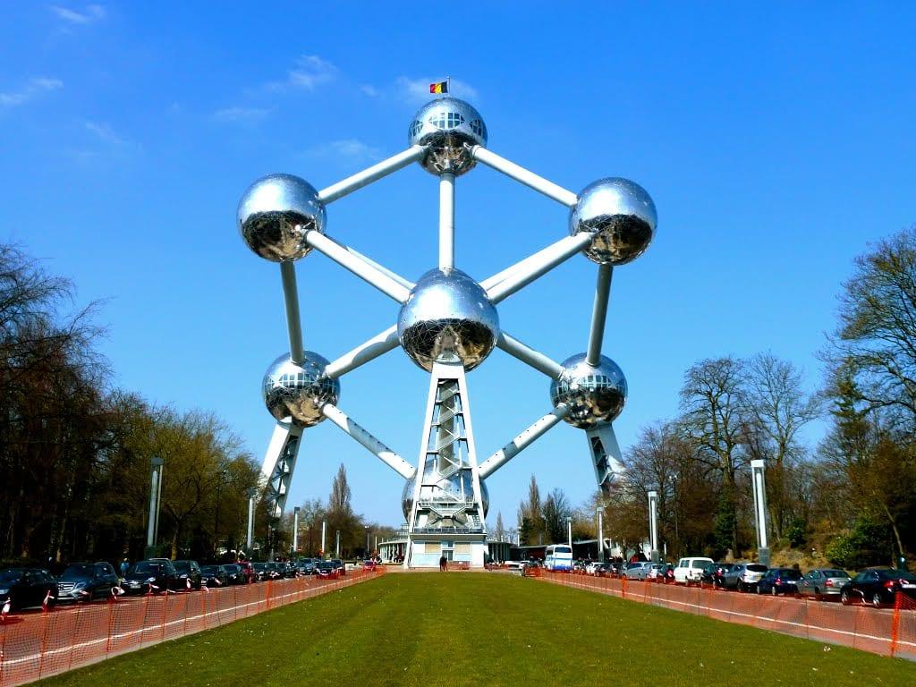 دليلك السياحي لمدينة بروكسل عاصمة بلجيكا - Atomium 2