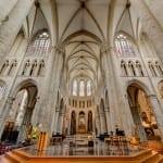 دليلك السياحي لمدينة بروكسل عاصمة بلجيكا - Cathédrale Saints-Michel-et-Gudule 1
