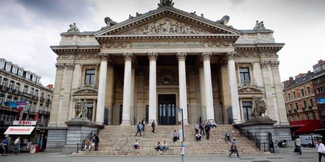 دليلك السياحي لمدينة بروكسل عاصمة بلجيكا - Le Palais de la Bourse 1