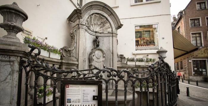 دليلك السياحي لمدينة بروكسل عاصمة بلجيكا - Manneken Pis 3
