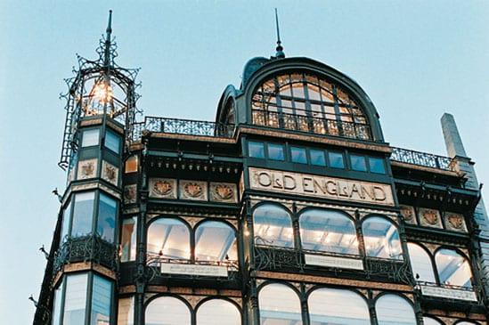 دليلك السياحي لمدينة بروكسل عاصمة بلجيكا - Musée des instruments de musique 1