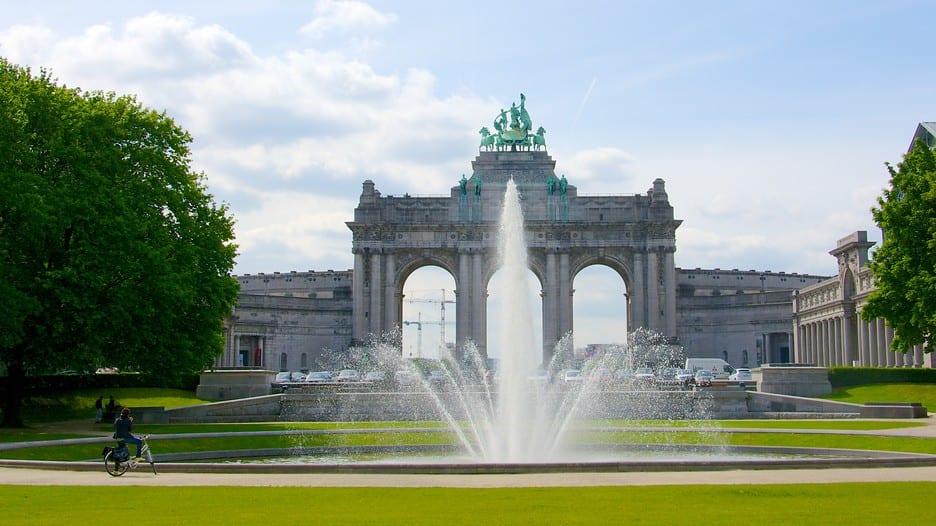 دليلك السياحي لمدينة بروكسل عاصمة بلجيكا - Parc du Cinquantenaire 1