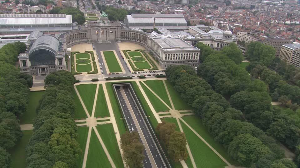 دليلك السياحي لمدينة بروكسل عاصمة بلجيكا - Parc du Cinquantenaire 3