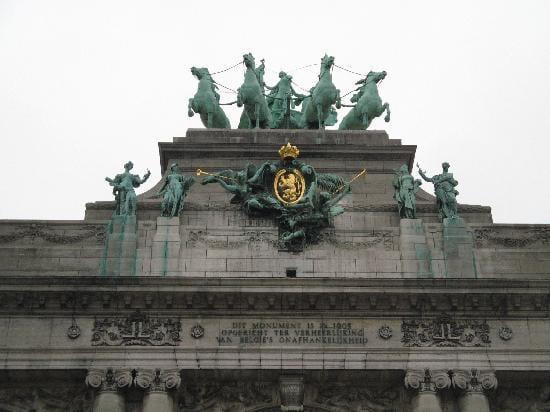 دليلك السياحي لمدينة بروكسل عاصمة بلجيكا - Parc du Cinquantenaire 4