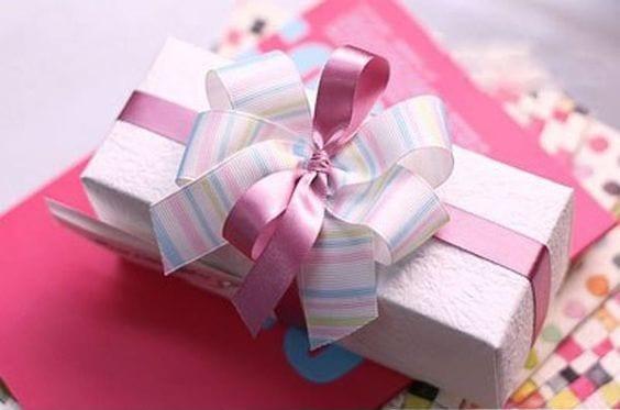 طريقة ربط هدية رأس السنة